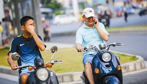 武汉骑电动车不戴头盔罚款吗?